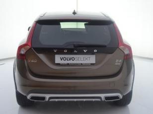 Foto 4 de Volvo V60 Cross Country D4 Momentum Auto 140kW (190CV)
