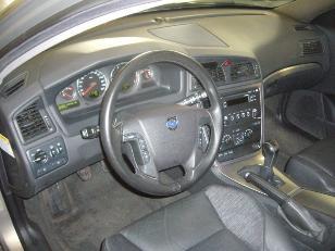 Foto 1 de Volvo V70 2.4D Momentum 96kW (130CV)
