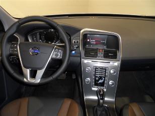Foto 3 de Volvo XC60 2.4 D5 AWD Summum Auto 162kW (220CV)