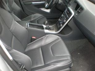 Foto 3 de Volvo V60 D3 Momentum 100kW (136CV)