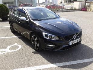 Foto 3 de Volvo V60 2.0 D4 R-Design Momentum 120kW (163CV)