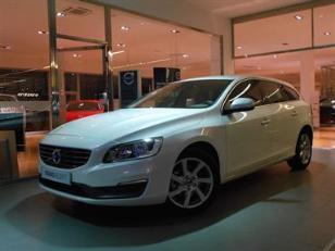 Volvo V60 D3 Momentum Auto 100kW (136CV)