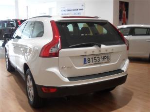 Volvo XC60 2.0 D3 Momentum Auto 100 kW (136 CV)