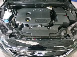 Foto 3 de Volvo V40 D2 Momentum 85kW (115CV)