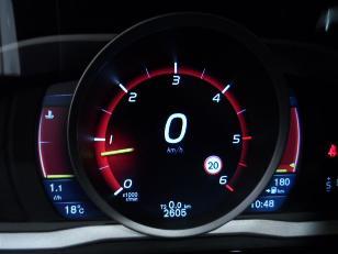 Foto 3 de Volvo V60 Cross Country 2.0 D4 Momentum 140kW (190CV)