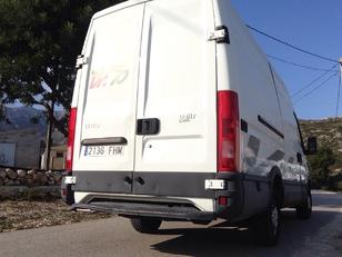 Foto 4 de Iveco Daily Furgon 35 S 3000C 85kW (116CV)