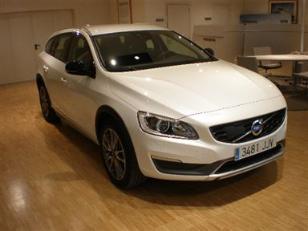 Volvo V60 Cross Country 2.0 D4 Momentum 140kW (190CV)