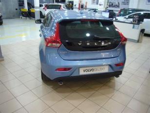 Foto 1 de Volvo V40 D3 Momentum 110 kW (150 CV)