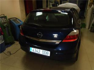 Opel Astra 1.7 CDTi Enjoy 74kW (100CV)  de ocasion en Valencia