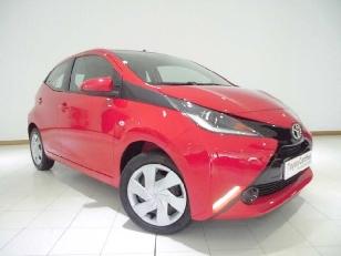 Foto 1 de Toyota Aygo 1.0 VVT-i x-play 51 kW (69 CV)