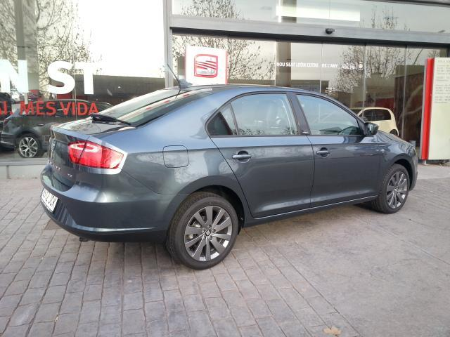Foto 5 SEAT Toledo 1.6 TDI CR Style 77 kW (105 CV)
