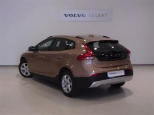 Foto 1 de Volvo V40 Cross Country D2 Kinetic 88kW (120CV)