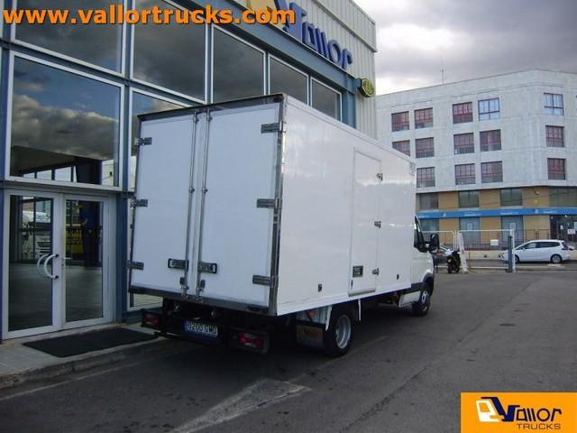 foto 2 del Caja Cerrada Frigori Iveco Daily 35 C 15 V 3300/1900 RD 107kW (146CV)