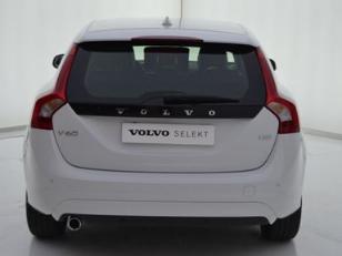 Foto 3 de Volvo V60 2.0 D2 Momentum Autom. 88kW (120CV)