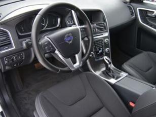 Foto 4 de Volvo XC60 2.4 D4 AWD Momentum Auto 140kW (190CV)