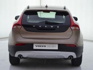 Foto 4 de Volvo V40 Cross Country 2.0 D3 Momentum Auto 110kW (150CV)