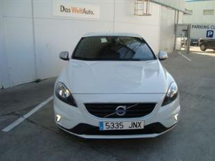 Foto 2 de Volvo V40 D3 R-Design Momentum 110kW (150CV)