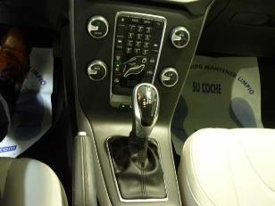Foto 4 de Volvo V40 D3 Momentum Auto 110kW (150CV)