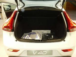Foto 4 de Volvo V40 2.0 D2 Momentum 88kW (120CV)