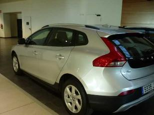 Foto 1 de Volvo V40 Cross Country 2.0 D2 Momentum 88kW (120CV)