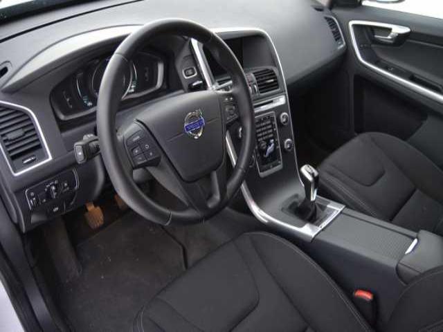 Foto 5 Volvo XC60 2.0 D3 Kinetic 110 kW (150 CV)