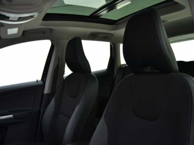 Foto 4 Volvo XC60 2.0 D3 Momentum Auto 100kW (136CV)