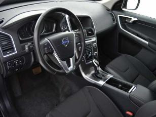 Foto 4 de Volvo XC60 2.0 D3 Momentum Auto 100kW (136CV)