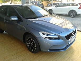 Volvo V40 2.0 D2 Momentum 88kW (120CV)  de ocasion en Cádiz