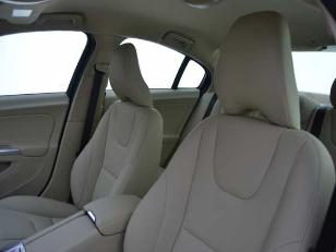 Foto 3 de Volvo S60 2.0 D4 Summum Auto 140kW (190CV)