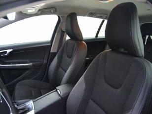 Foto 3 de Volvo V60 D3 Momentum Auto 110kW (150CV)