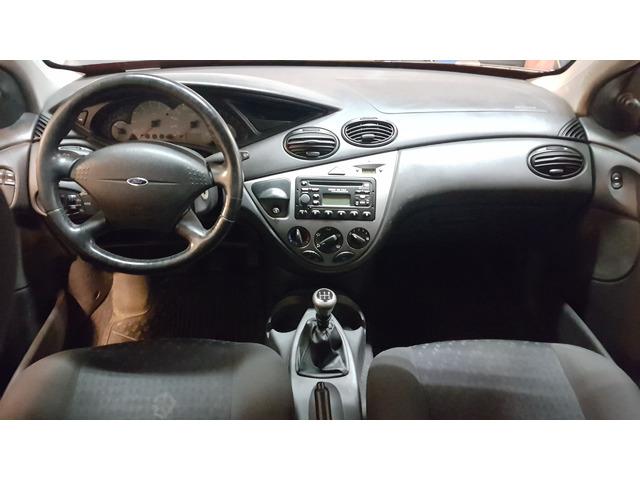 foto 10 del Ford Focus 1.8 TDdi Trend 66kW (90CV)