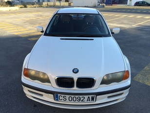 Foto 1 de BMW Serie 3 318i 87kW (118CV)