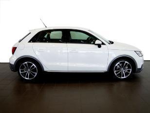 Foto 2 de Audi A1 Sportback 1.6 TDI Active Kit 85 kW (116 CV)