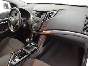 Foto 1 de Hyundai i40 1.7 CRDI BlueDrive Klass 85 kW (115 CV)