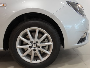 Foto 3 de SEAT Ibiza 1.2 TSI Style 66 kW (90 CV)