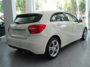 Foto 4 de Mercedes-Benz Clase A 180 CDI BlueEFFICIENCY AMG Sport 80 kW (109 CV)