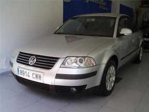 Foto 1 de Volkswagen Passat 1.9 TDI Comfortline 96 kW (130 CV)