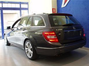 Foto 3 de Mercedes-Benz Clase C Estate 200 CDI Avantgarde Blue Eff. Ed. 100 kW (136 CV)