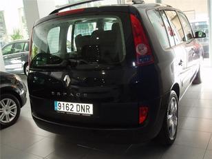Foto 4 de Renault Espace 2.2 dCi 16v DYNAMIQUE 110 kW (150 CV)