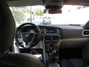 Foto 2 de Volvo V40 2.0 D3 Momentum 110 kW (150 CV)