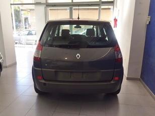 Foto 2 de Renault Grand Scenic 1.9 dCI Confort Expression 96kW (130CV)