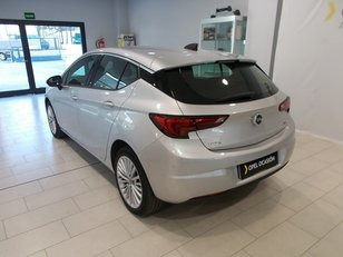 Foto 4 de Opel Astra 1.6CDTi S&S Excellence Auto 100 kW (136 CV)