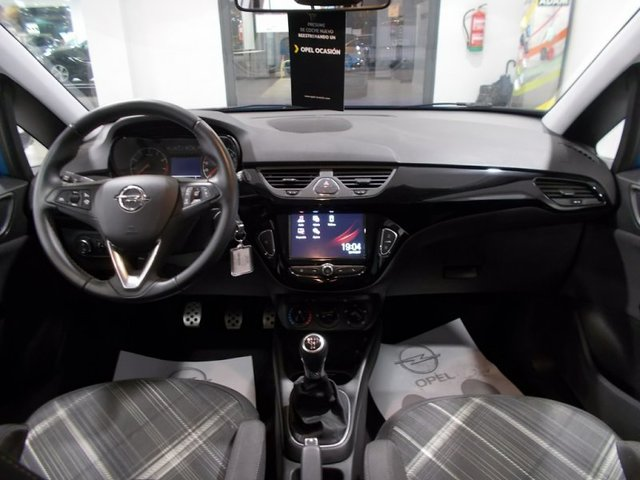 Foto 10 Opel Corsa 1.4 Color Edition 66 kW (90 CV)