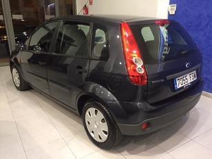 Foto 3 de Ford Fiesta 1.3 Ambiente 51 kW (70 CV)