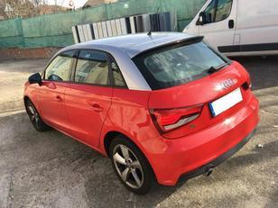 Foto 2 de Audi A1 Sportback 1.4 TDI Adrenalin2 66 kW (90 CV)