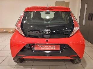 Foto 3 de Toyota Aygo 1.0 VVT-i x-play 51 kW (69 CV)
