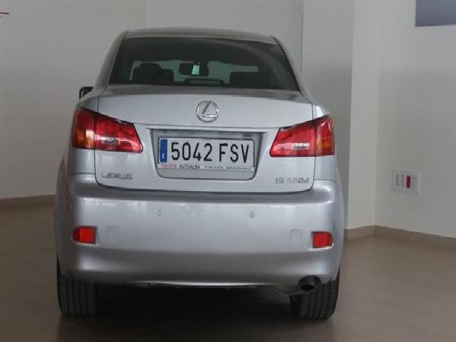 Foto 9 Lexus IS 220d Sport 130 kW (177 CV)