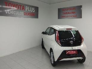 Foto 4 de Toyota Aygo 1.0 70 x-play 51kW (69CV)