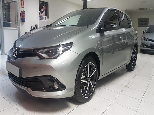 Toyota Auris 1.8 140H Hybrid Feel! 100 kW (136 CV)  de ocasion en Salamanca