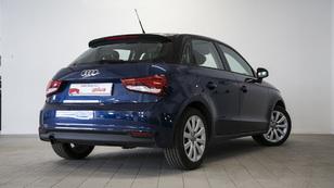 Foto 3 de Audi A1 Sportback 1.6 TDI Attraction 85 kW (116 CV)